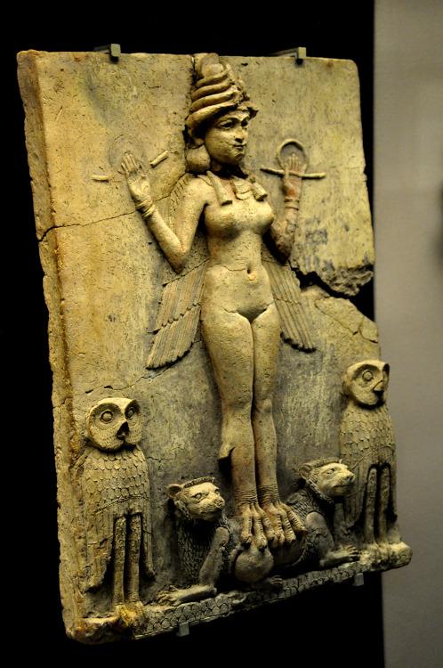 goddess ishtar1